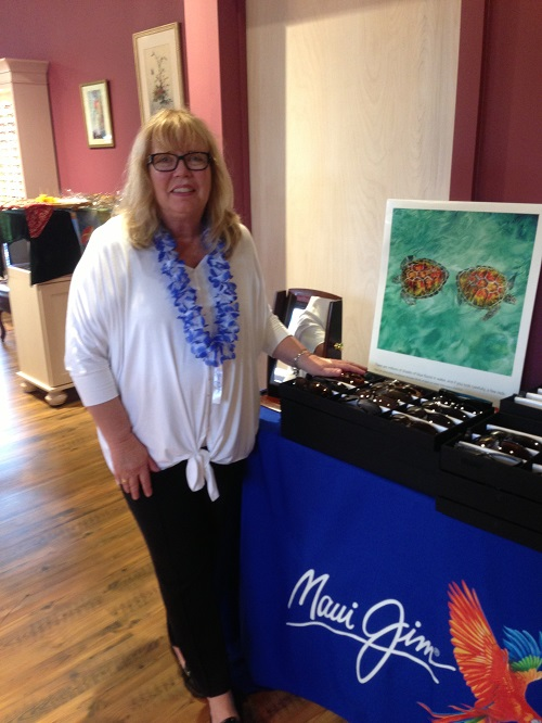 Maui Jim Sunglass Display
